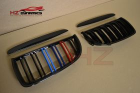 GLOSS BLACK WITH COLOUR KIDNEY GRILLS FOR BMW E90 2005 2008
